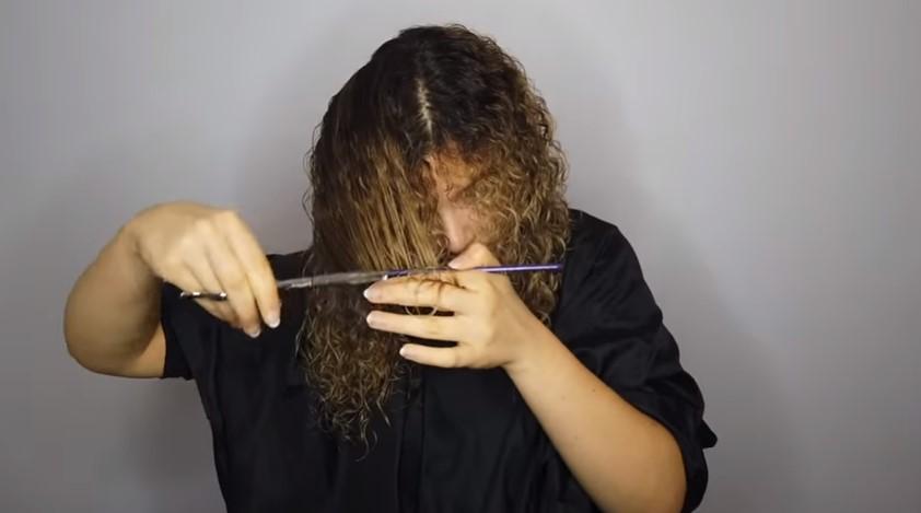 damaged curly hair